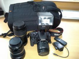 Digitale Spiegelreflexkamera Canon EOS 600D mit Zubehör