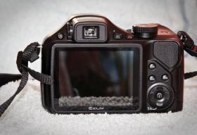 Foto 2 Digitalkamera Casio EX FH-25 + Zubehör / Rechnung / 1 Jahr Garantie / OVP