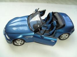 Foto 2 Div. Modellautos Porsche, Lamborghini, BMW und Safariwagen