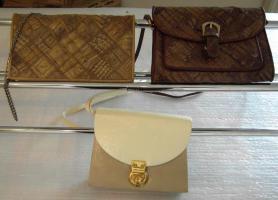 Foto 3 Diverse Damentaschen