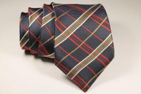 Foto 8 Diverse Krawatten, Einstecktücher Fliegen