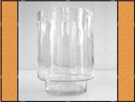 Diverse: Vase, Pflanzgefäß, Windlicht, Glasgefäß – mit Fuß