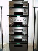Foto 5 Dolby Surround System 5.1 mit Rack