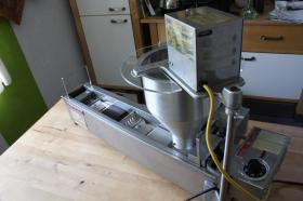 Foto 3 Donutmaschine