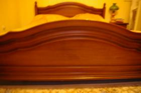 Foto 7 Doppelbett mit 2 Nachtkonsolen (Antik)