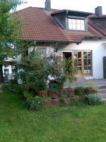Foto 2 Doppelhaushälfte im Landhausstil