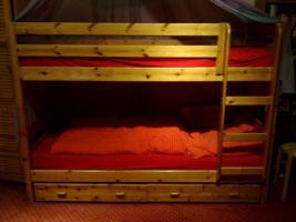 Foto 2 Doppelstockbett