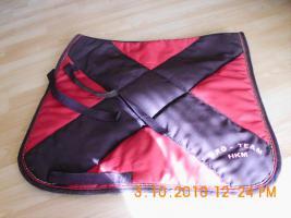 Dressurschabracken von HKM