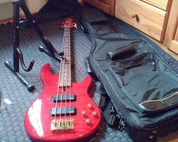 Foto 2 E-Bass Yamaha 4-saiter