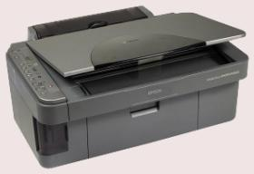 EPSON Stylus Photo RX 425. Scanner/Farbdrucker all in one