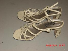 Foto 2 Echter Leder Sandalen Gr. 39 in beige