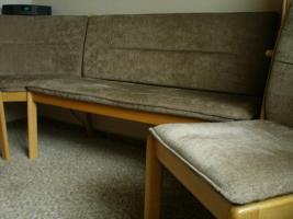 Foto 2 Eckbank und 3 Stühle