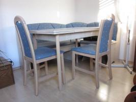 Eckbank mit Tisch und St�hle