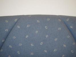 Foto 2 Eckbank mit Tisch und Stühle