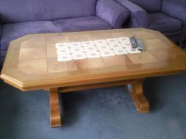 Foto 3 Eckbank mit Tisch und Stühle, Tische, Schränke, Doppelbett