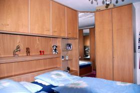 Eckschlafzimmer-Überbau