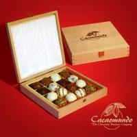 Foto 17 Edle Geschenkboxen aus masivem Holz, Schokoliköre...