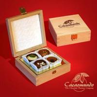 Foto 18 Edle Geschenkboxen aus masivem Holz, Schokoliköre...