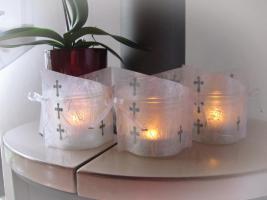 edle tischdeko zur konfirmation kommunion in wei silber 3 er set in lohra. Black Bedroom Furniture Sets. Home Design Ideas