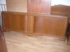 Eichenbett Antik , ohne Lattenrost und Matratze 200 cm X 200cm