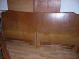 Foto 2 Eichenbett Antik , ohne Lattenrost und Matratze 200 cm X 200cm