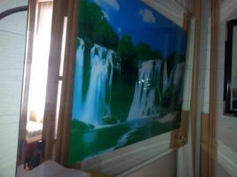 Foto 2 Ein elektrisches Wasserfallbild mit Wasserfallgeräusch