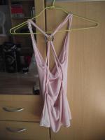 Foto 2 Ein rosa Top