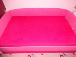 Foto 3 Ein wunderschönes Bett in Pink.