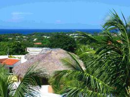 Ein wunderschoenes karibisches Penthaus mit Atlantikblick !