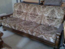 Foto 2 Ein  Dreisitzer-Sofa, zwei Sessel & einen Tisch - ungebraucht - massiv Eiche