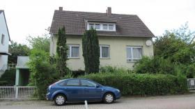 Ein / Mehrfamilienhaus - ihr neues Heim