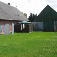 Foto 8 Ein-/Zwei-Familienhaus, 8,5 Zimmer, mit Doppelgarage und Scheune