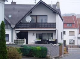 Ein- oder Zweifamilienhaus in Eppelborn