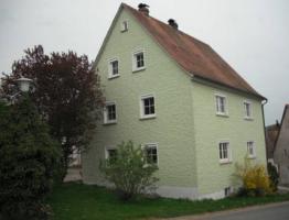 **Ein/ Zweifamilienhaus im Naturpark Frankenhöhe*