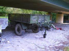 Einachsanhänger für Traktor