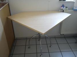 Foto 6 Einbauküche in Ahorn