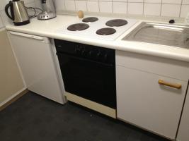 Foto 4 Einbauküche in Weiß zum Selsbtabbau zu verschenken