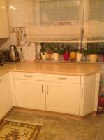 Foto 4 Einbauküche in gutem Zustand Hochglanz beieg