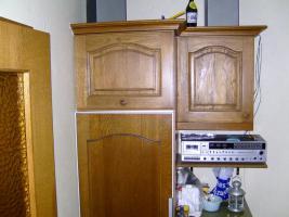 Foto 3 Einbauküche / Küchenzeile aus Echtholz Eiche mit Siemens-Dunstabzugshaube und Einbaukühlschrank