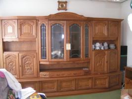 Foto 3 Einen Wohnzimmerschrank in Eiche Rustikal 3,45 lang.