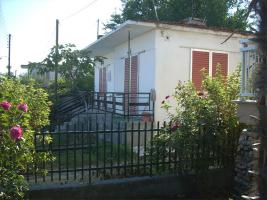 Einfaches Dorfhaus nahe Katerini/Griechenland