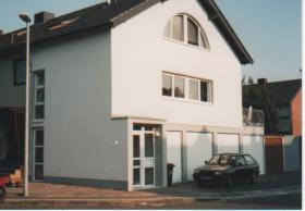 EFH mit Terrasse und sepperaten Nutzflächenen