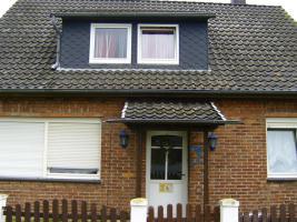 Einfamilienhaus mit Anbau und 2 PKW Stellplätze
