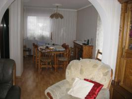 Foto 3 Einfamilienhaus mit Einliegerwohnung