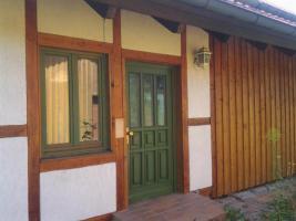 Einfamilienhaus mit Einliegerwohnung/Büro