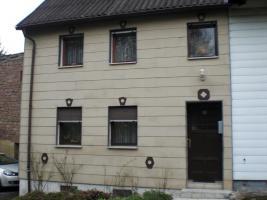 Einfamilienhaus mit Garage und Nebengebäude in 66606 Osterbrücken