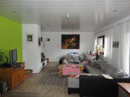 Einfamilienhaus mit Ladenlokal oder Einliegerwohnung