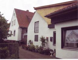 Foto 3 Einfamilienhaus mit Nebengebäude (fr. Gaststätte)