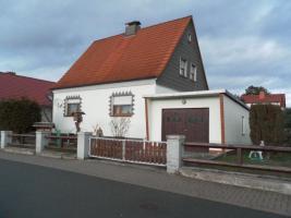 Foto 2 Einfamilienhaus in Ortsrandlage mit reichl. Nebengelass