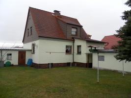 Foto 3 Einfamilienhaus in Ortsrandlage mit reichl. Nebengelass